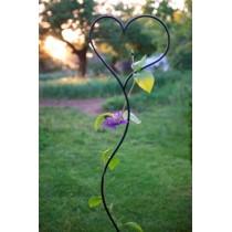 """Градинска стойка за увивни растения """"Сърце"""""""